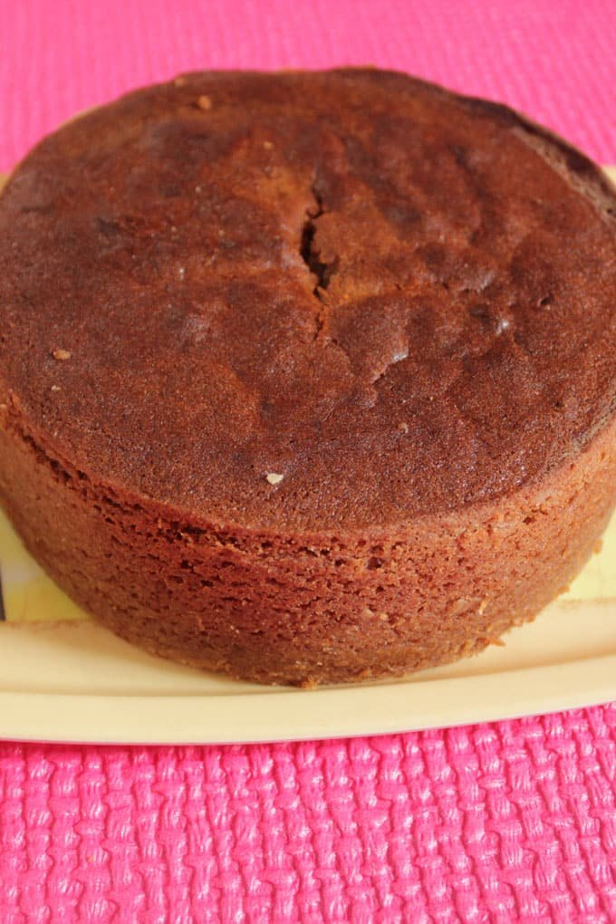 Banana Cake Recipe In Hindi