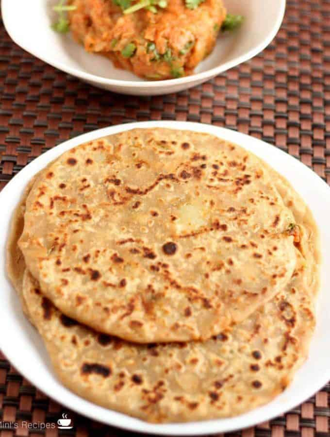 How To Make Aloo Parantha Recipe – Stuffed Aloo Parantha