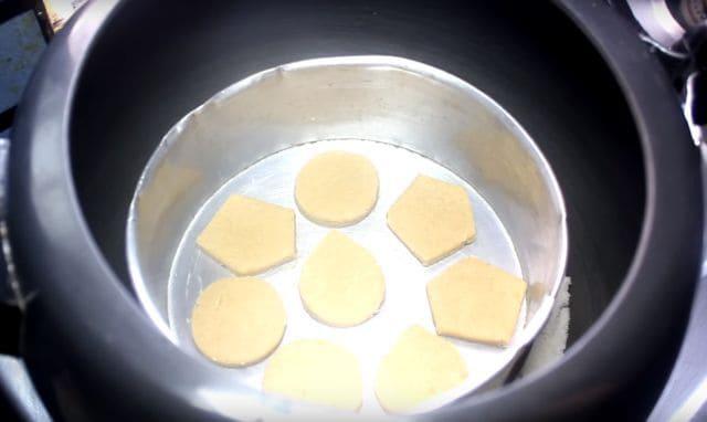 Atta Biscuit