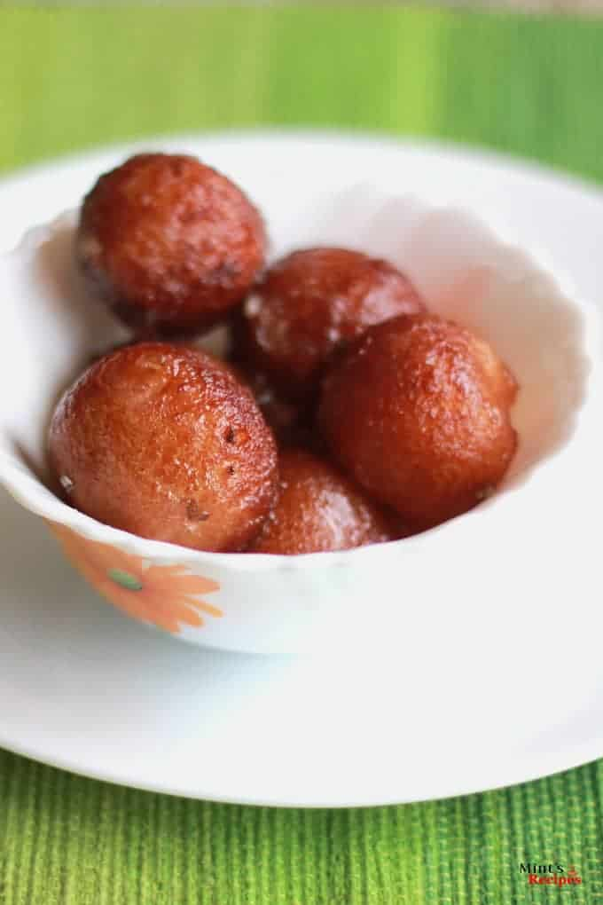 Make Gulab Jamun Cake Home