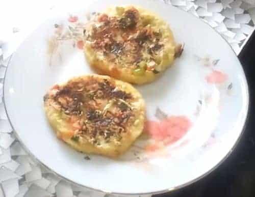 Bread Moong Dal Uttapam