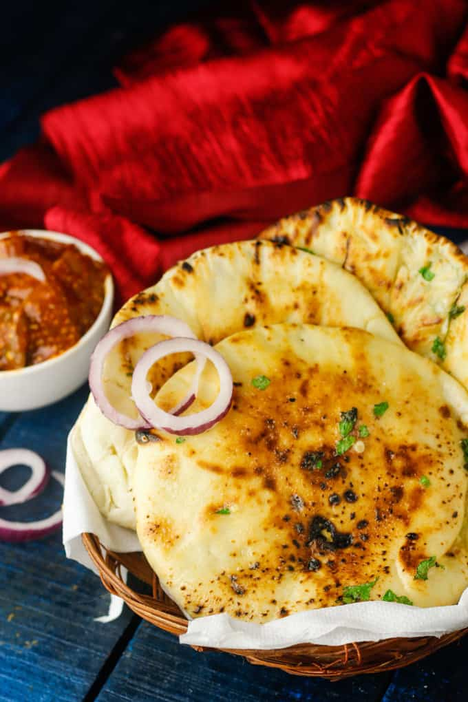 Crispy Cheese Garlic Kulcha Recipe