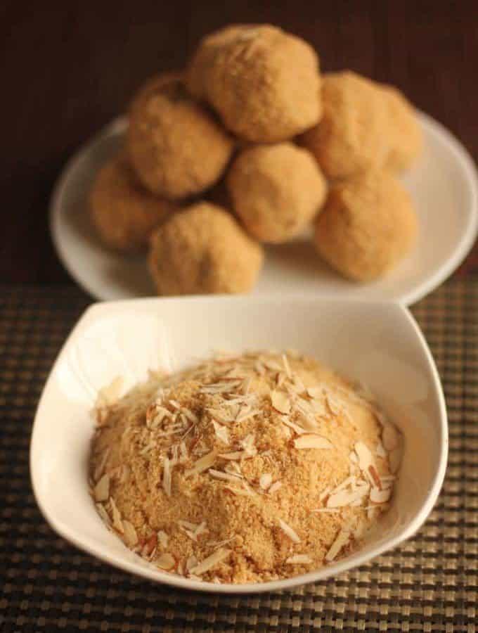 How To Make Rajasthani Churma Ladoo Recipe