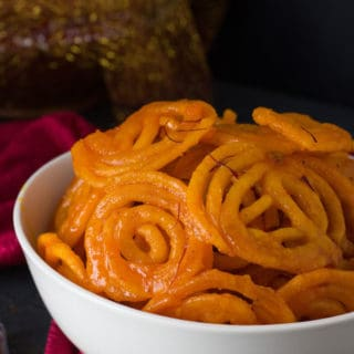 Instant Crispy Homemade Jalebi served on a white bowl