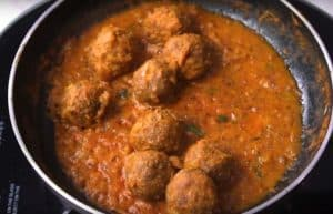 Soyabean Kofta Curry