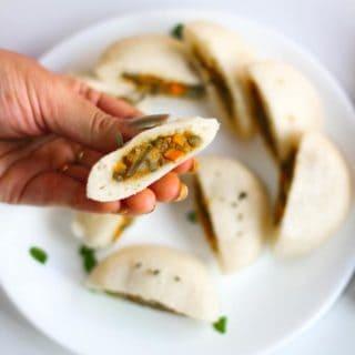 Stufffed Rava Idli Recipe In Hindi