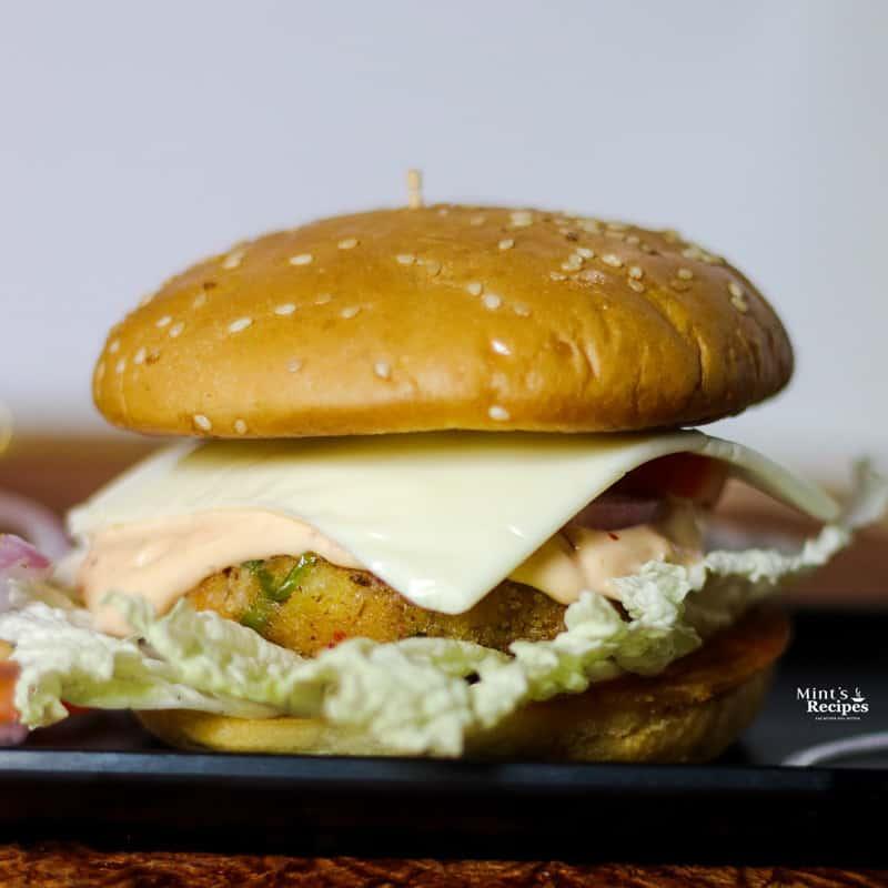 How To Make Veg Burger At Home Veg Burger Recipe Mints Recipes