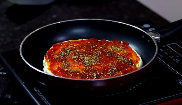 Veg Pizza On Tawa
