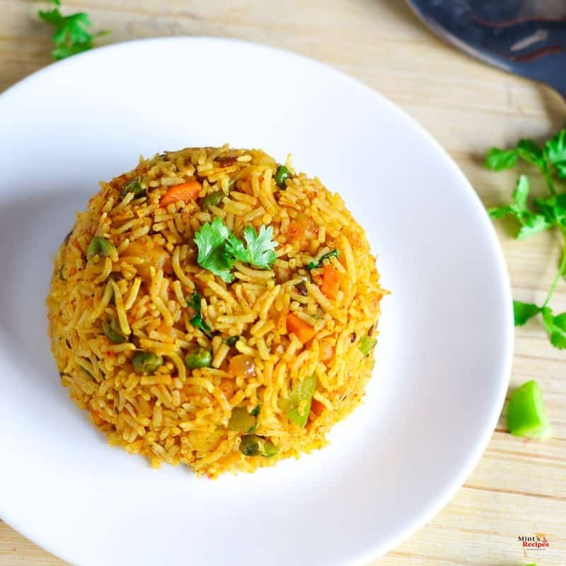 Tawa Pulao made with basmati rice with lots of veggies | mintsrecipes.com